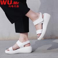 乌龟先森 凉鞋 女士夏季韩版新款坡高跟皮质女鞋子时尚休闲百搭防滑耐磨女式凉鞋
