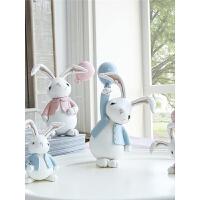 创意卡通装饰品摆件可爱树脂兔子装饰品礼物车载汽车装饰品