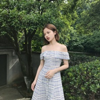 夏季2018女气质修身显瘦一字领露肩短袖复古格子连衣裙 图片色