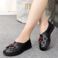 秋季舒适妈妈鞋单鞋女平底老人软底中年皮鞋奶奶鞋中老年女鞋