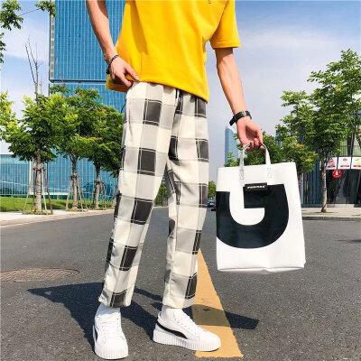 2018韩版秋青少年男裤子休闲裤大方格子学生宽松港风个性潮流