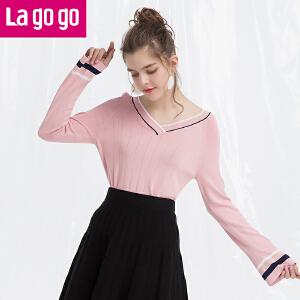 Lagogo/拉谷谷2018年春季新款时尚V领喇叭袖长袖针织衫