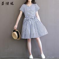 条纹孕妇连衣裙春夏季孕妇装新款韩版宽松中长款短袖上衣潮妈