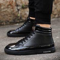秋冬新款高帮鞋潮流男鞋子透气板鞋时尚马丁靴潮鞋皮靴短靴子