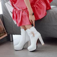 彼艾2018秋靴子女高跟短靴冬季加绒短筒女靴韩版蝴蝶结白色粗跟马丁靴