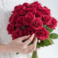 手感保湿玫瑰仿真花束绢花客厅餐桌装饰花艺插花假花