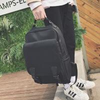 男生双肩包潮韩版大学生书包男时尚潮流中学生电脑包休闲旅行背包