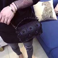 波士顿水桶包2018新款斜挎包软皮女包花朵包链条包包单肩包手提包SN9495 黑色 小号