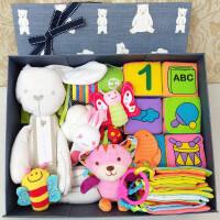 婴儿组合玩具礼盒新生儿手摇铃套装礼品男宝宝女孩子生日礼物