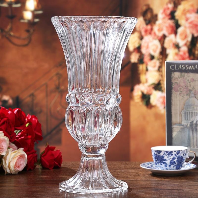 水晶花瓶创意桌面装饰品插花透明摆件玫瑰花花瓶大号 发货周期:一般在付款后2-90天左右发货,具体发货时间请以与客服协商的时间为准