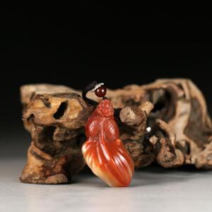 寿山巧色红芙蓉石 精雕金玉满堂挂件 p4129
