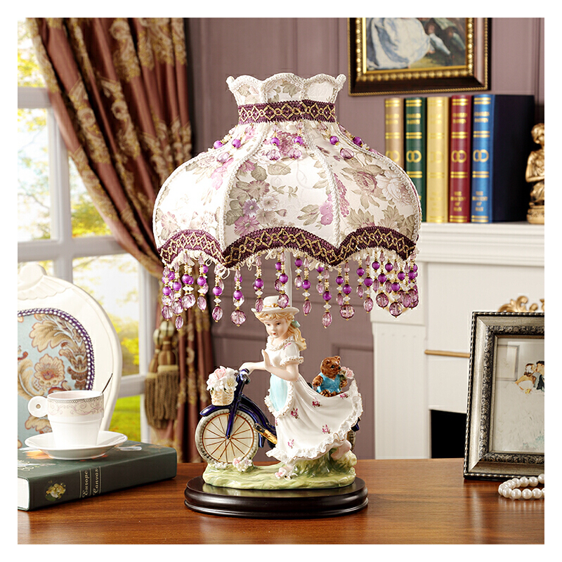高档欧式田园陶瓷台灯灯饰女孩儿童房卧室内台灯装饰品人物摆件 台灯 花罩 一般在付款后3-146天左右发货,具体发货时间请以与客服协商的时间为准