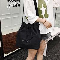 手提包女小包链条包帆布包女水桶包帆布袋火百搭斜挎包女韩版学生原宿学院风帆布包小清新森系水桶包