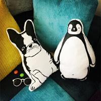 韩国韩版可爱卡通创意企鹅牛头梗靠垫汽车抱枕卡通靠垫
