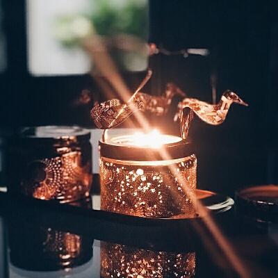 18新款香薰蜡烛杯精油无烟椰子蜡烛小浮雕香氛蜡烛礼物礼盒