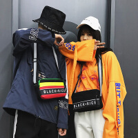 2018新款嘻哈街头字母单肩包休闲百搭情侣彩带帆布运动包斜挎女包