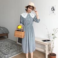 2018春夏韩版chic清新复古蕾丝大翻领格子裙子五分袖连衣裙女装潮