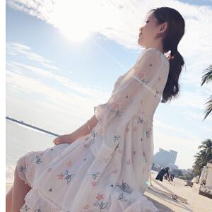 谜秀白色连衣裙女2018春装新款韩版显瘦超仙蕾丝刺绣短款裙子春潮