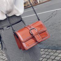 女款包包2018新款斜挎包时尚百搭单肩包韩版亮面链条包学生小方包