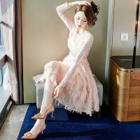 蕾丝连衣裙女2019春装新款中长款chic温柔很仙的内搭打底裙子秋冬 粉色