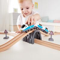 Hape新款火车轨道8字套响铃套装3-6岁木质轨道玩具早教益智儿童玩具婴幼玩具木制玩具轨道滑道Suit0039