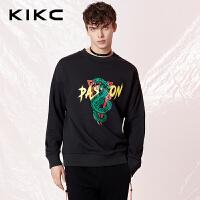 【商场同款】kikc卫衣男2018春季新款深黑色青蛇印花圆领长袖上衣