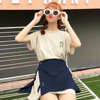 �r尚套�b女夏季新款�n版百搭中�L款刺�C短袖T恤+�_叉半身裙�杉�套
