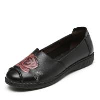 春秋季妈妈鞋单鞋软底防滑老人鞋子中老年人女鞋平底大码皮鞋