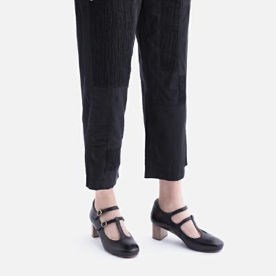 青婉田2018年春季新款一字扣带复古玛丽珍鞋女中跟粗跟真皮鞋子女尺码正常,脚感舒适,头层牛皮