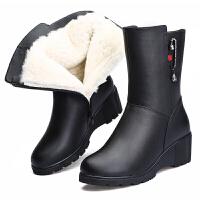 2018冬季新款坡跟妈妈棉鞋真皮羊毛靴保暖加绒短靴中老年女靴真皮 黑色5865