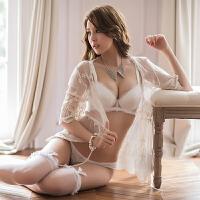 纯白色小胸聚拢加厚内衣 少女奢华宫廷刺绣调整型四排扣文胸套装