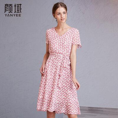 颜域品牌女装2018夏季新款女士绑带收腰几何印花连衣裙女V领长裙