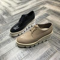 欧洲风格站2017秋季新款布洛克女鞋牛皮漆皮坡跟鞋系带透气欧货鞋