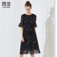 颜域品牌女装2018夏季装新款喇叭袖收腰复古大摆印花圆领连衣裙