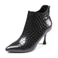 冬季女鞋子2018新款潮百搭鳄鱼纹加绒细跟尖头高跟欧洲站漆皮短靴 黑色 建议拍大一码