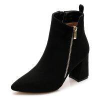 靴子2018新款短靴 女粗跟冬季韩版百搭高跟靴绒面尖头马丁靴大码