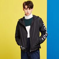 美特斯邦威旗下 4M夹克男士2018春装新款男潮流印花短款连帽夹克外套