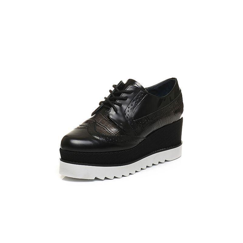 Bata/拔佳秋季专柜同款时尚雕花坡跟牛皮女单鞋18-01CM6