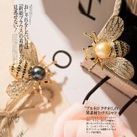 女式时尚简约优雅气质百搭轻巧锆石镶嵌天然淡水珍珠蜜蜂胸针