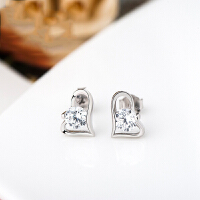 s925银饰爱心镶嵌锆石耳钉 日韩时尚简约耳饰耳环