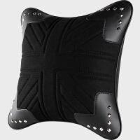 gucci汽车抱枕18款铆钉朋克个性英伦车用颈枕头枕套装靠枕内饰用品