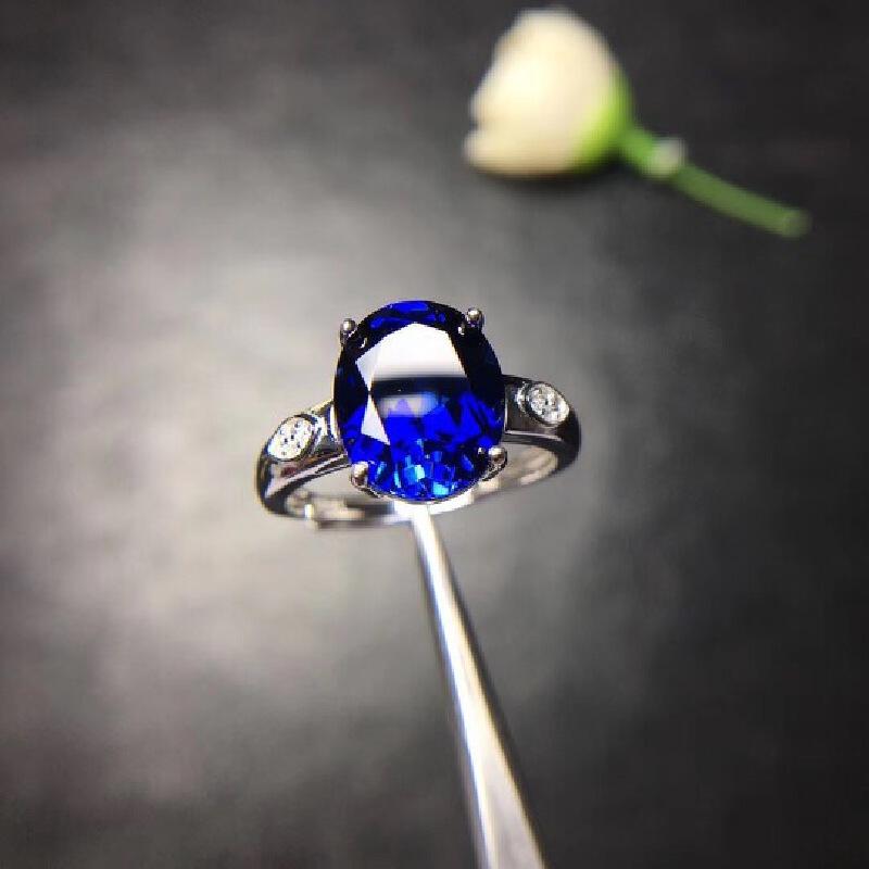 天然蓝宝石戒指,蓝宝石四大宝石之一,