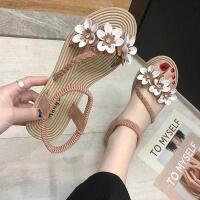 凉鞋 女士平跟花朵露趾沙滩鞋2019夏季新款韩版时尚女式仙女风休闲百搭学生鞋子
