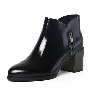 Tata/他她冬季牛皮通勤简约尖头粗高跟女靴FE146DD6