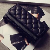 韩版新款女士钱包女包时尚复古铆钉菱格三折皮夹大容量卡包零钱包