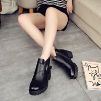 秋冬新款粗跟秋踝靴英伦马丁靴百搭中跟短靴子皮带扣女士单靴