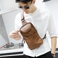 新款胸包男士斜挎包韩版休闲皮包疯马皮潮男包包单肩背包胸前小包 咖啡色