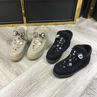 欧洲风格站2017冬季新款女鞋羊皮毛一体铆钉保暖厚底短筒靴棉靴潮