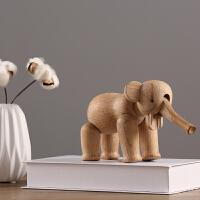 丹麦胡桃木木雕北欧简约摆件电视柜酒柜儿童房装饰品样板间软装摆设实木大象玩偶
