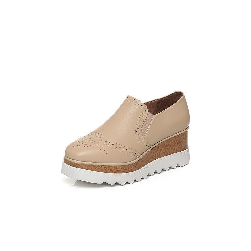 Tata/他她秋牛皮雕花简约风套脚坡跟女休闲鞋2LK27CM6